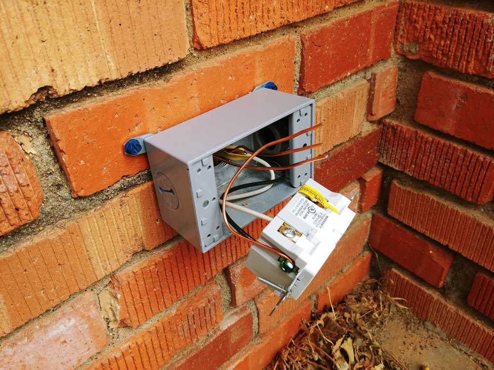 Fantastic Add An Exterior Outlet On A Brick House Homediygeek Wiring Database Wedabyuccorg