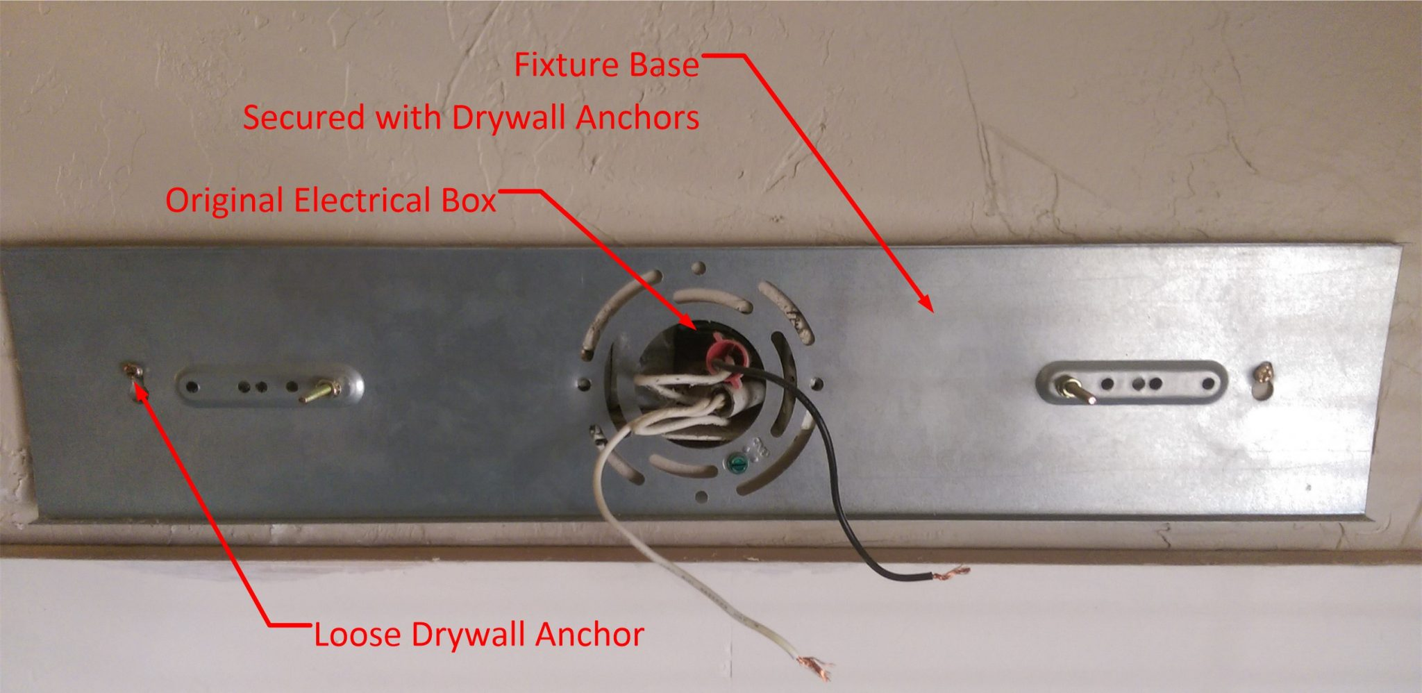 Wiring A Vanity Fixture Diagram Schematics Home Red Black White Fix Loose Bathroom Light Homediygeek Fluorescent With And Wires